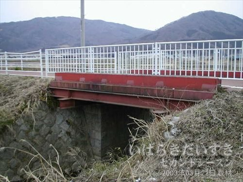 筑波鉄道の鉄橋<br>この鉄橋は、比較的最近に造られたような気がします。