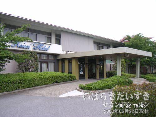 土浦 京成ホテル<br>土浦にはかつて土浦京成百貨店がありましたが、霞ヶ浦側には京成ホテルがあります。土浦は京成系が多い。