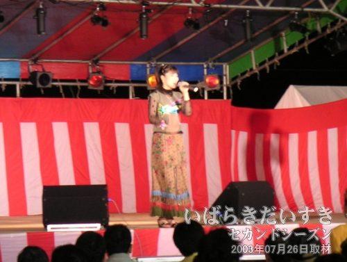 有澤晴香 ショー<br>歌は上手なんです。魅せ方(演出力)だと思うんです!