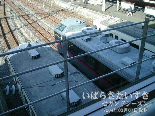 485系車両を上から撮影<br>ときどき水戸駅以北で見かけることのある、銀色の485系を発見!