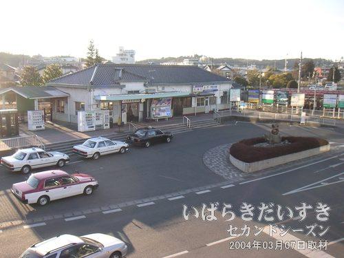 水郡線 常陸太田駅<br>歩いて1,2分で常陸太田駅。水戸方面からふたつに分かれる水郡線の盲腸駅の方です。