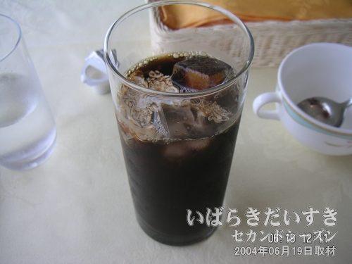 アイスコーヒー<br>食事のドリンクは、割引して欲しいです。。。