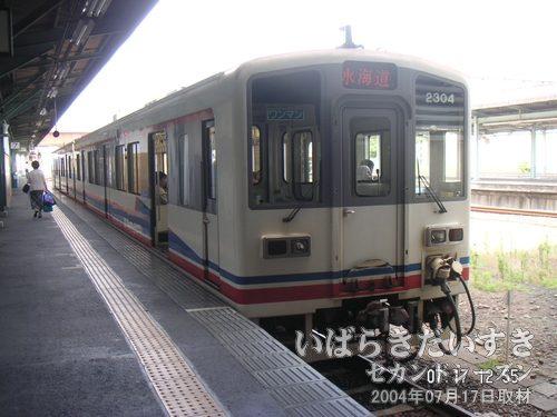 関東鉄道常総線 気動車<br>常総線は電化されていないので、気動車が使用されています。エンジンがぶるぶるいってます。
