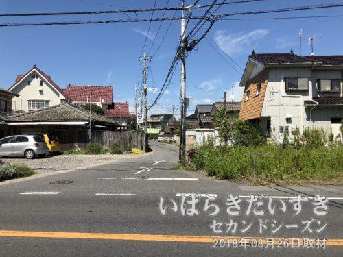 潮来街道 馴柴小入口の道。