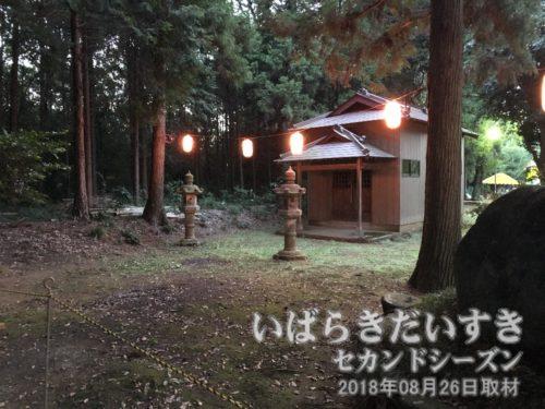 高岡愛宕神社の拝殿には近づけない。
