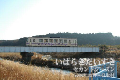 巴川を渡る、鹿島鉄道鉾田線(廃線) 2006年02月11日撮影。