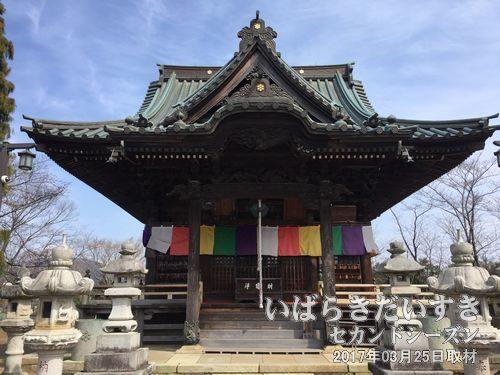 慶龍寺_本堂<br>元和04年(1618年)慶龍上人が創立した慶龍寺の本堂。