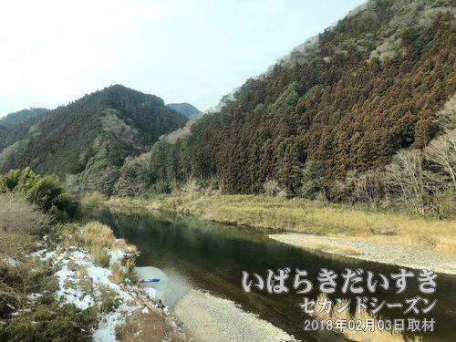 奥久慈渓谷<br>久慈川を山方宿辺りから北上し、下野宮辺りまでの区間を奥久慈渓谷と言います。