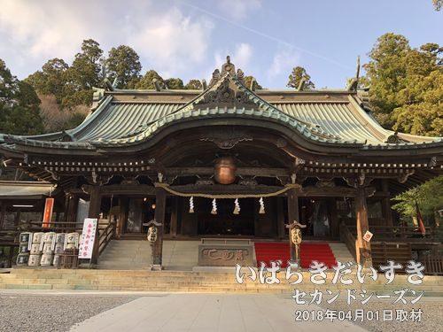 筑波山神社 拝殿<br>男体山側の中腹にある筑波山神社拝殿。