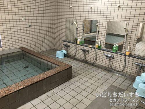 大浴場。浴室は改装しましたよね?
