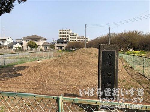 千波中学校前の細い道を入っていった先にある為、通り過ぎてしまいます。