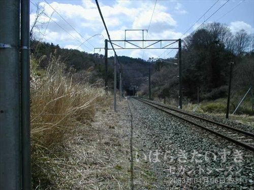 常磐線の線路 発見、再開<br>遠くにトンネルが見えます! この区間のトンネルは、金山トンネルしかないはず!