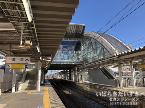 JR赤塚駅ホーム