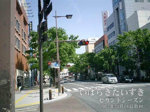 常磐線 いわき駅に向かう<br>ホテルから駅までは自転車移動。本日も快晴♪ 旧トンネル探し日和ですね~(´^ω^`)ナンノコッチャ。