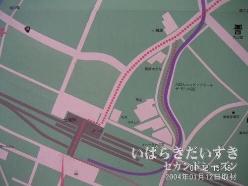 土浦駅東口の駅前マップ<br>今は無き、「小網屋」「東武ホテル」「西友」「(旧)イトーヨーカドー」の文字が。