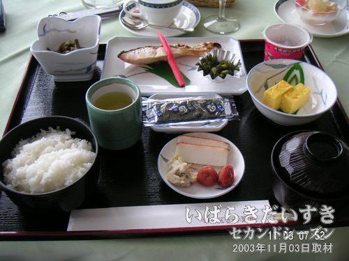 和朝食<br>ホテルマロウド筑波の和朝食。家のおかずと似ています(^^)。