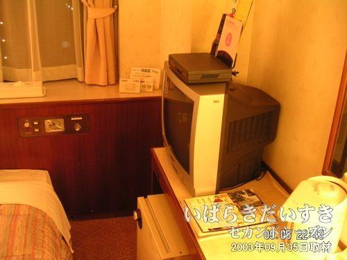 チサンホテル神戸<br>泊まる予定のなかった神戸での夜。明日(06日)はつくばでお祭りがあるのに・・・。