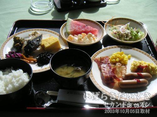 ホテルマロウド筑波 の朝食バイキング<br>今回訪問時の朝食はバイキング形式でしたが、バイキング形式ではない朝食のときもあるそうです。