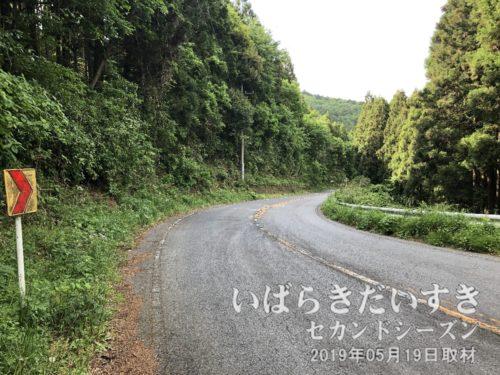 道祖神峠から笠間市側へダウンヒル。