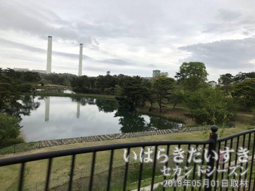 公園になっており、その先には広野火力発電所