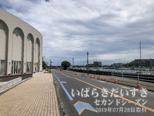 土浦港、土浦入り方面に入っていく。