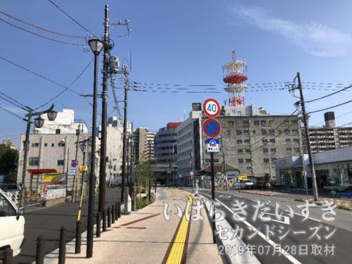 視界が広くなった土浦中央通り商店街。