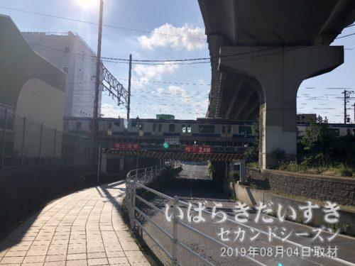 かつてここは川口川で、先の川口川閘門がありました。