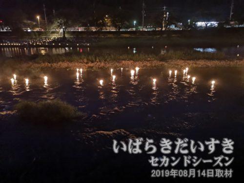 久慈川の灯籠流し