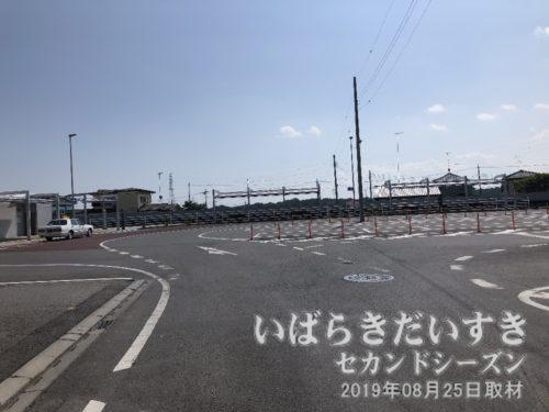 鹿島鉄道鉾田線 旧 常陸小川駅前。