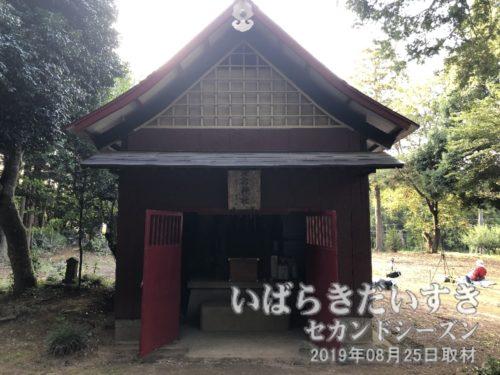 高岡愛宕神社の拝殿。ここで繰り込みが行われます。