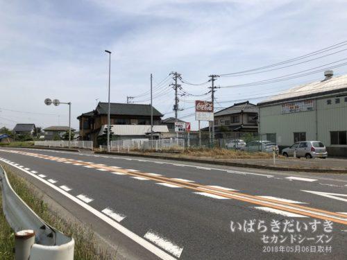 国道51号/霞ヶ浦と常陸利根川の接続部分。