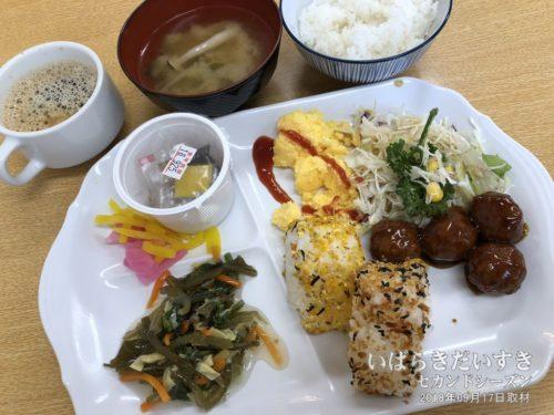 ご飯(混ぜご飯)を提供する東横インもあります。