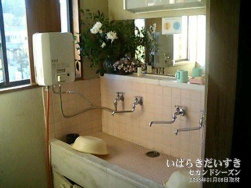 旅館に多い洗面所:吉見屋旅館