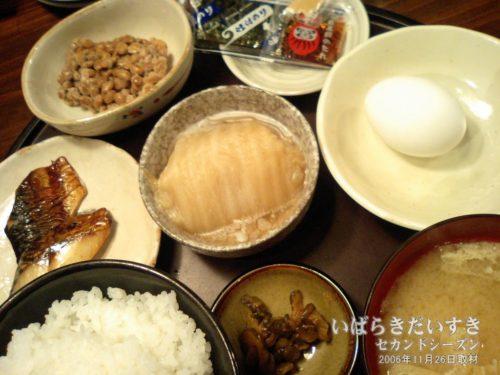 朝食 500円:ホテルアークビジネス(2006年)
