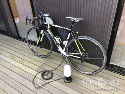 自転車を置かせてもらった:朝日屋旅館