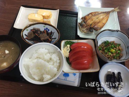 朝食(2015年度版):鈴木屋旅館