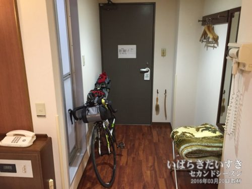 部屋に自転車の持ち込みがOKでした。