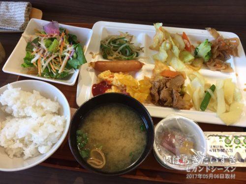 健康朝食(無料朝食):スーパーホテル鹿嶋