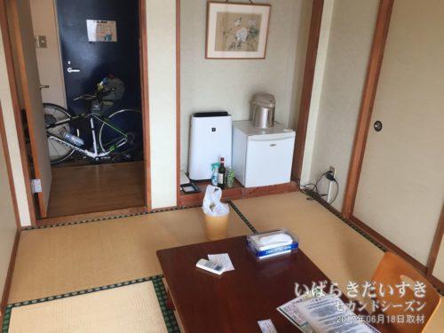 和室の入口に自転車を持ち込んだパターン。