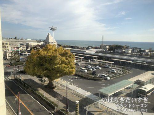 JR日立駅側を眺めているだけで楽しい。