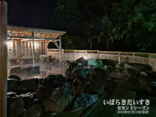 露天風呂:大金温泉グランドホテル