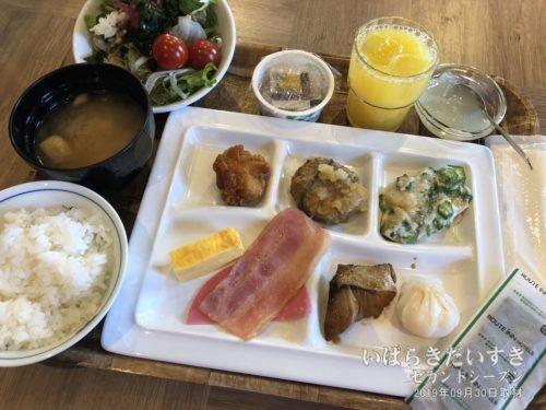 朝食:ホテルルートイン石岡