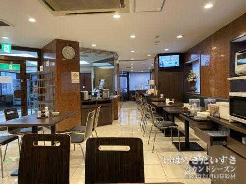 2階 レストラン :神宮ホテル