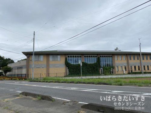 土浦市 新治地区公民館。
