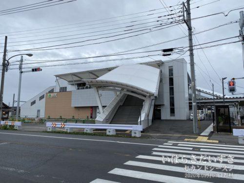 常磐線 JR神立駅。新駅舎。