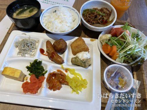 朝食 : ホテルルートイン土浦