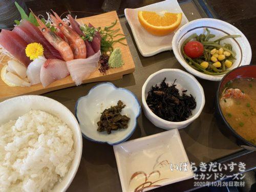 刺身定食:レストラン森田