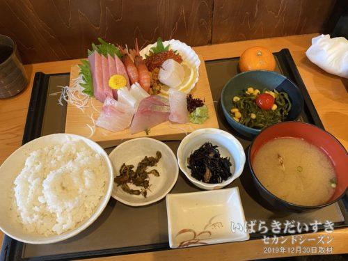 刺身定食:海鮮処森田新館(19年12月撮影)