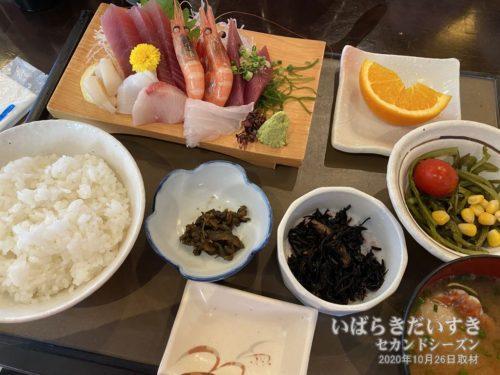 刺身定食:海鮮処森田新館(20年10月撮影)