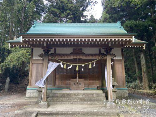 足尾神社 拝殿